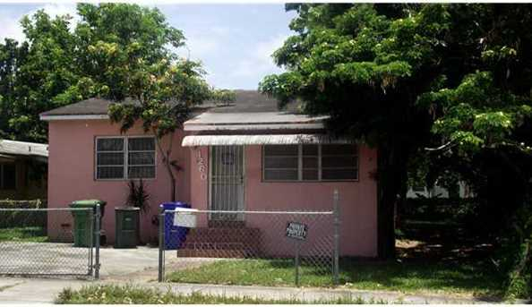 1260 NW 38 St - Photo 1