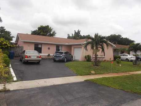 10960 NW 27th Pl - Photo 1