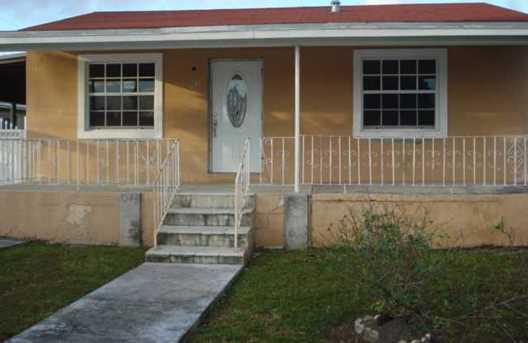 3641 NW 102 St - Photo 1