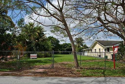 2550 SW 114 Ave - Photo 1