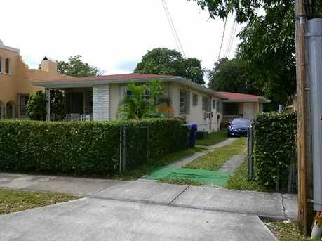 370 SW 17 Rd - Photo 1