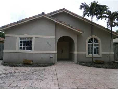 16340 NW 91 Ct - Photo 1