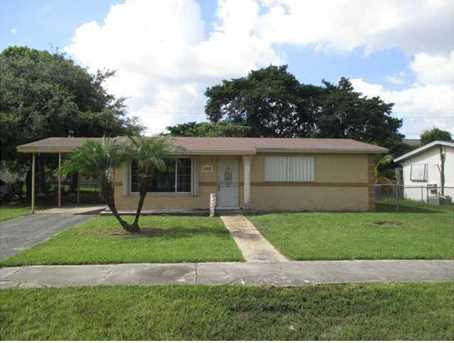 2210 NW 120 St - Photo 1
