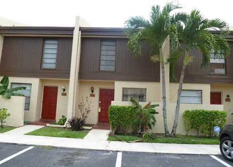 9966 NW 10th St #3 - Photo 1