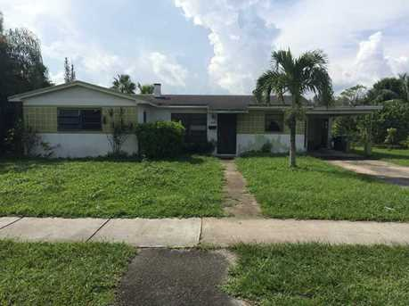 1280 NW 111 St - Photo 1