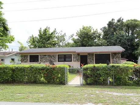 2830 NW 171 St - Photo 1