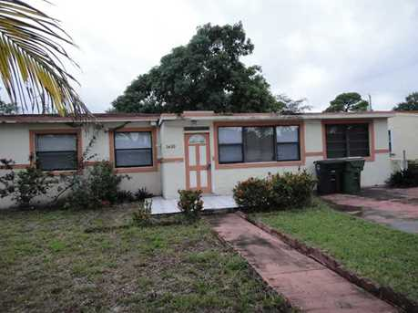 1610 NW 134 St - Photo 1