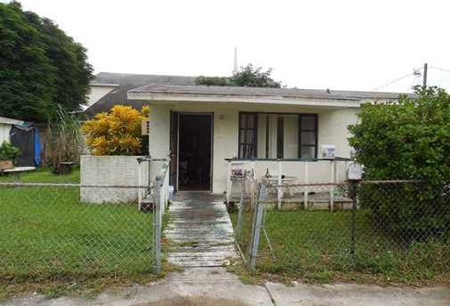 1106 NW 2nd St - Photo 1