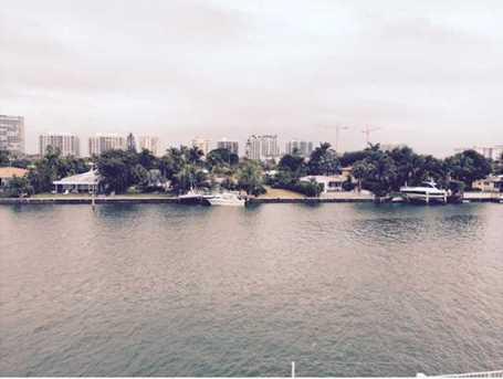 9381 E Bay Harbor Dr #303N - Photo 1