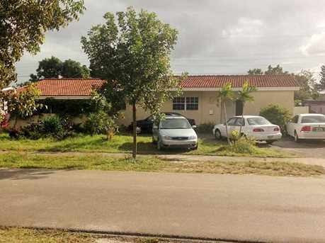 1270 Nw 181 St - Photo 1