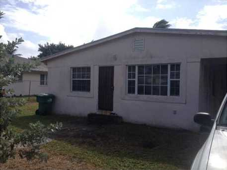 1174 NW 101 St - Photo 1