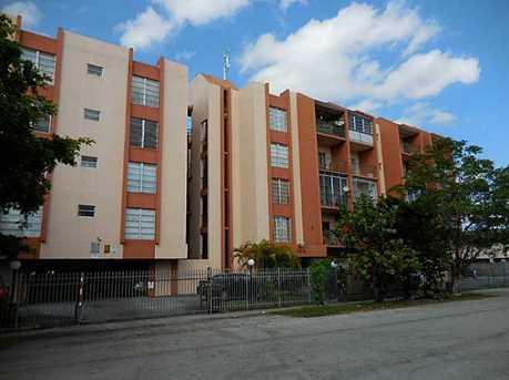 305 W 68 St Unit #405 - Photo 1