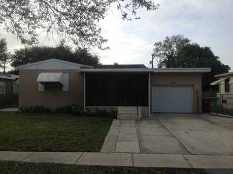 750 NW 134 St - Photo 1