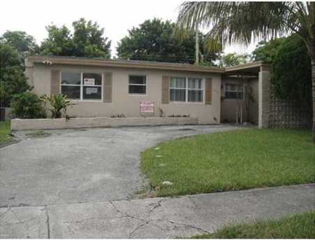 4900 Nw 12 St - Photo 1