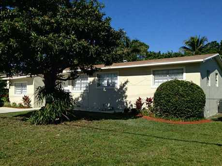 1851 NW 171 St - Photo 1