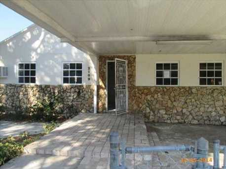 2109 Nw 56 St - Photo 1