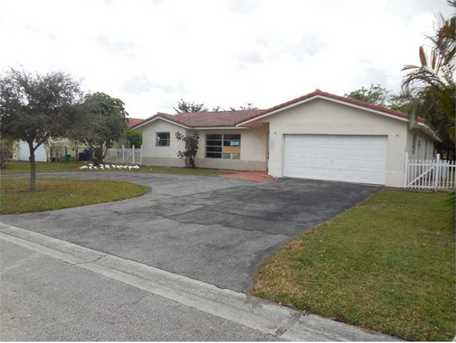10906 Nw 41St Dr - Photo 1