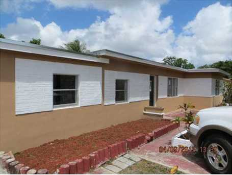 831 NW 141 St - Photo 1