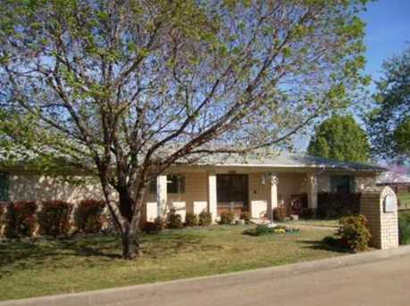 706 Belle Denton - Photo 1