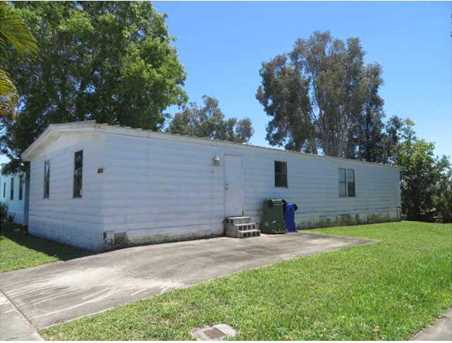 21820 NW 1st St - Photo 1