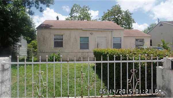 1020 Nw 65 St - Photo 1