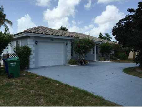 7801 Nw 39Th Ct - Photo 1