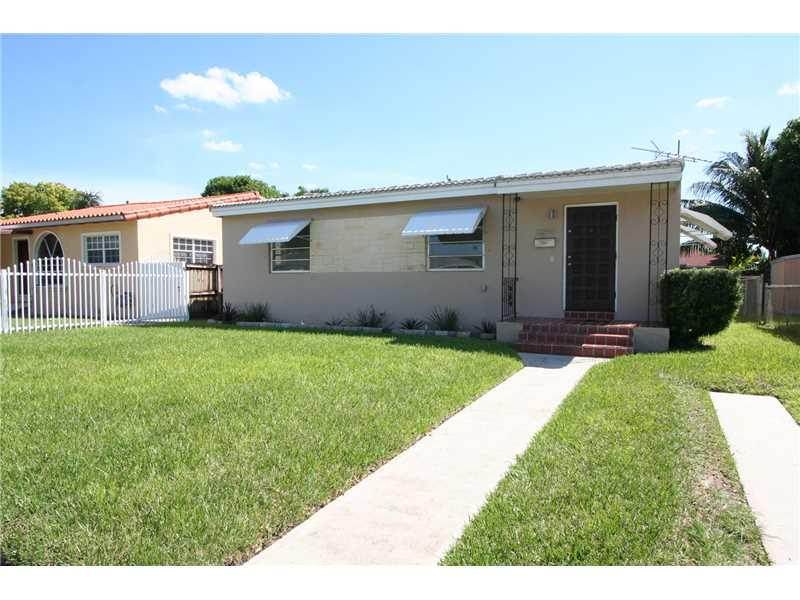 3260 nw 19 te miami fl 33125 mls a2181523 coldwell for 7270 nw 35 terrace miami fl 33122