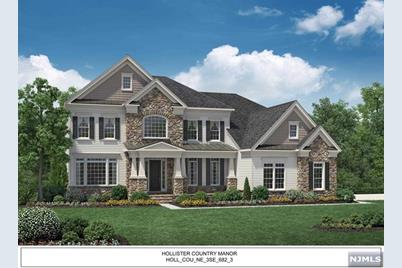 23 Northwood Drive, Franklin Lakes, NJ 07417