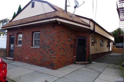 248 Macarthur Ave Garfield Nj 07026 Mls 1843352 Coldwell Banker