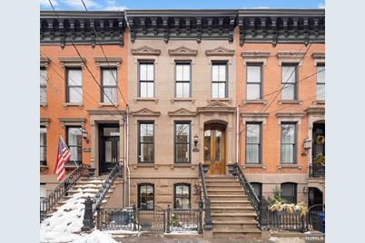 1228 Bloomfield Street - Photo 1