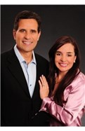 The Arturo Rodriguez & Maria Victoria Zarate Team